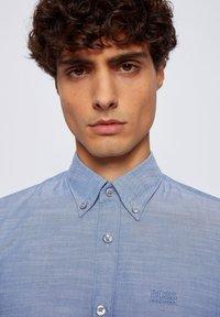 BOSS - Formal shirt - open blue - 3