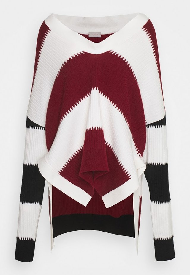 Jumper - white black and red