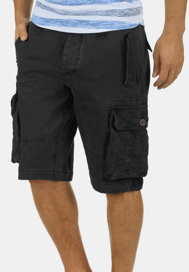 POMBAL - Shorts - black