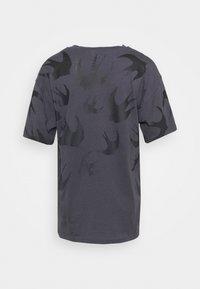 McQ Alexander McQueen - BOYFRIEND  - T-shirt print - black ash - 1