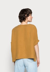 someday. - ZABALI - Print T-shirt - cinnamon - 2