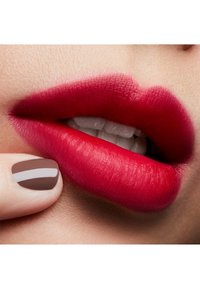 MAC - LOVE ME LIPSTICK - Rouge à lèvres - give me fever - 3