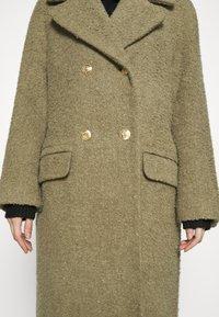 EDITED - MAIDA COAT - Classic coat - grün - 5