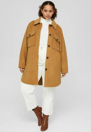 CURVY OVERSIZE SHACKET MIT - Classic coat - camel