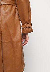 Alberta Ferretti - Trenchcoat - brown - 5