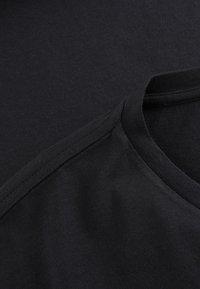 Phyne - THE STATEMENT PHYNE - T-shirt imprimé - black - 4