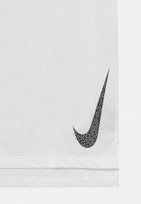 Nike Performance - INSTACOOL - Print T-shirt - white - 2