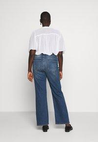 JUNAROSE - by VERO MODA - JULIVA - Straight leg jeans - medium blue denim - 2
