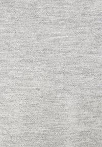 Anna Field Petite - 3 PACK V NECK  - T-shirt basic - black / white / light grey - 6