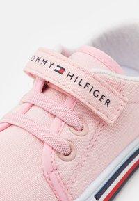 Tommy Hilfiger - Tenisky - pink - 5