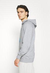 YAVI ARCHIE - ICICLE LOGO - Sweatshirt - grey - 4