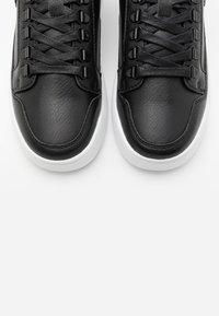 SIKSILK - PURSUIT - Sneakers laag - black - 4