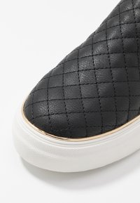 New Look - MILTON - Slip-ons - black - 2