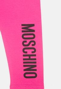 MOSCHINO - Leggings - Hosen - fuxia - 2