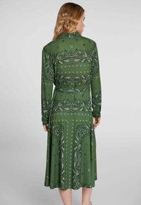 Oui - Shirt dress - green grey - 2