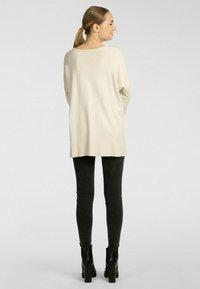 Apart - Pullover - beige - 1