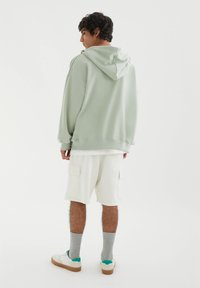 PULL&BEAR - Zip-up sweatshirt - green - 2