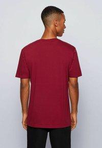 BOSS - TIRIS  - T-shirt imprimé - dark red - 2