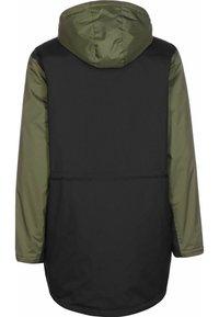Vans - Winter coat - black/grape leaf - 1