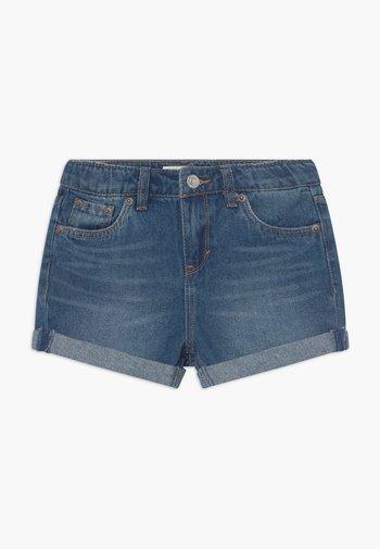 GIRLFRIEND - Denim shorts - evie