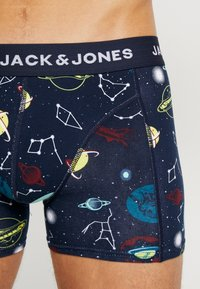 Jack & Jones - SPACE TRUNK 3 PACK - Underkläder - dark blue/multi coloured - 4