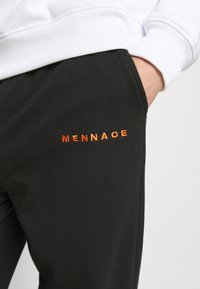 Mennace - ESSENTIAL REGULAR JOGGER UNISEX - Tracksuit bottoms - black - 3