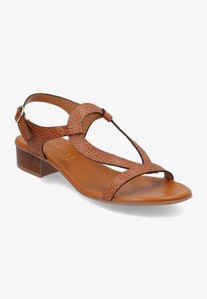Sandály - marrón