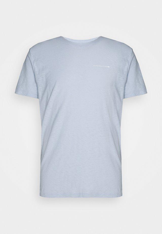 ASPEN PRINT TEE - T-shirt imprimé - light blue
