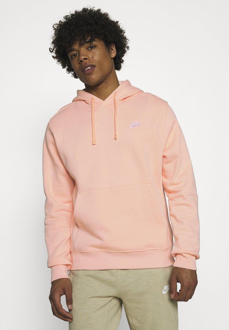 Nike Sportswear - CLUB HOODIE - Sweater - arctic orange