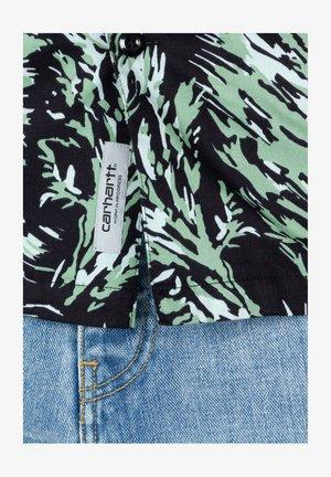 Shirt - hinterland print / black