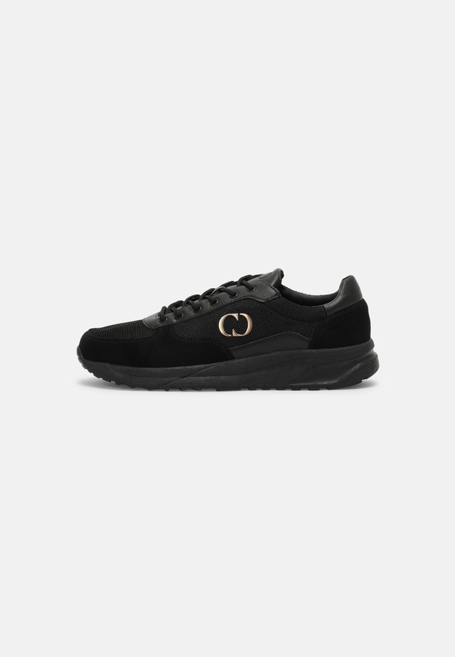 CHASE TRAINER - Sneakers laag - black