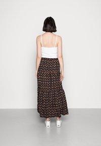 Molly Bracken - LADIES WOVEN SKIRT - Maxi skirt - comanches black - 2