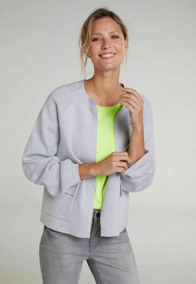 Strickjacke - light grey