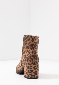 Madden Girl - DAFNII - Classic ankle boots - black - 5