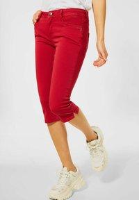 Street One - Denim shorts - rot - 0
