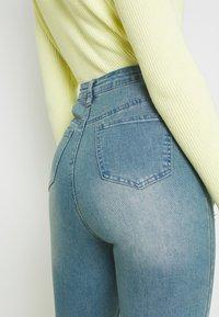 Missguided - SINNER HIGHWAISTED DESTROYED - Jeans Skinny Fit - light blue - 3
