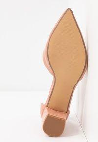 Dorothy Perkins - ELSA PART BLOCK HEEL - Classic heels - pink - 6