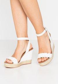 Anna Field - Korolliset sandaalit - white - 0