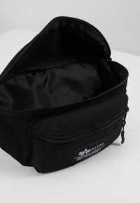 Alpha Industries - BIG WAIST BAG - Bum bag - black - 4