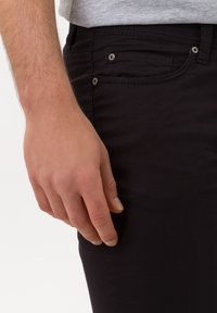 BRAX - STYLE CADIZ - Jeans slim fit - black - 3