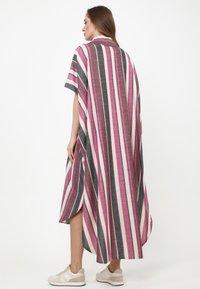Madam-T - KORNA - Maxi dress - fuchsia/black - 2
