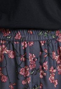Vero Moda - VMMALLIE BUTTON SLIT SKIRT - A-linjainen hame - ombre blue - 4