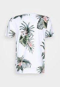 Jack & Jones - JPRHOLIDAY TEE CREW NECK - T-shirt med print - white - 6