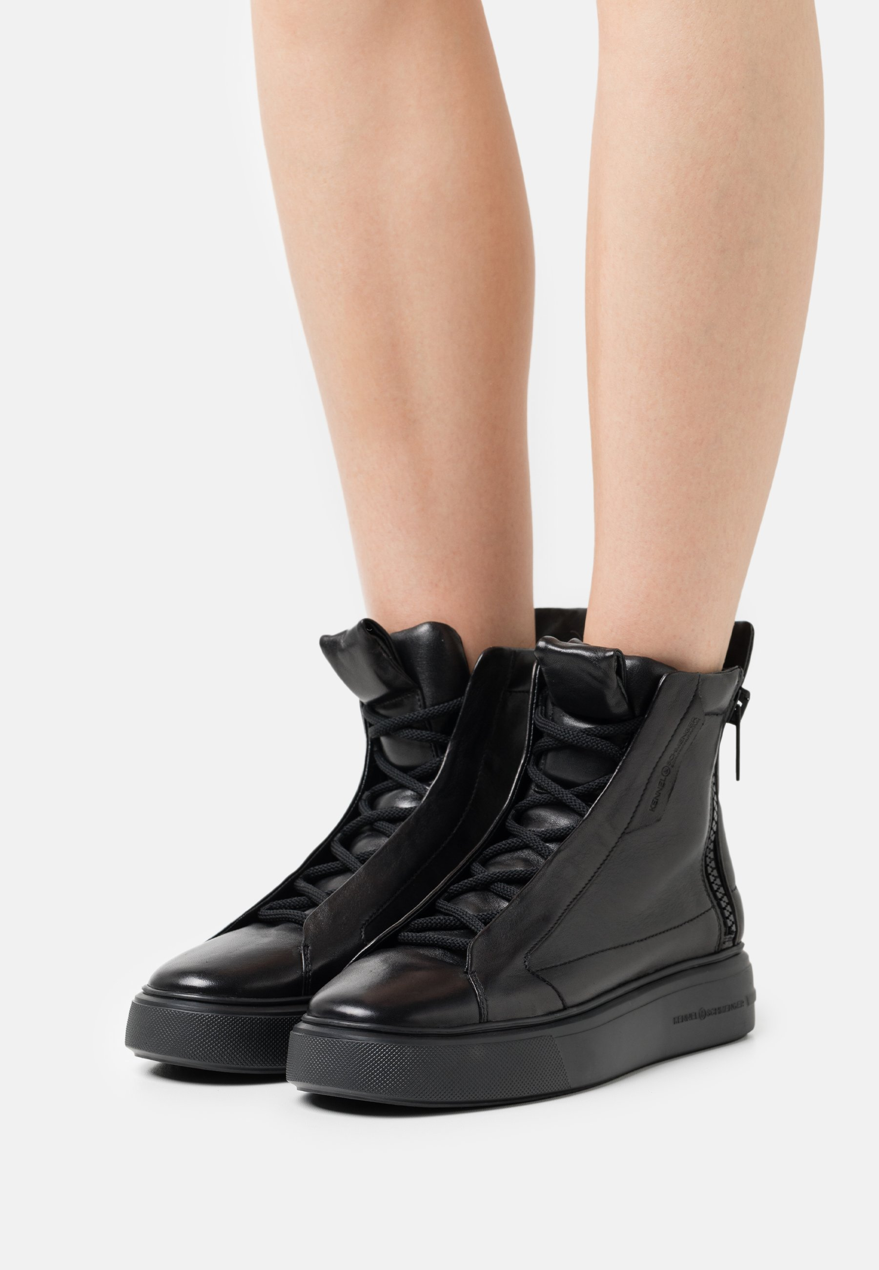 Women PRO - Lace-up ankle boots