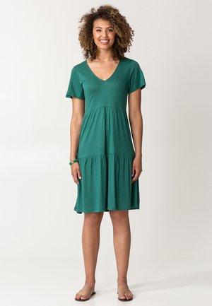 HILMA - Vestito di maglina - green
