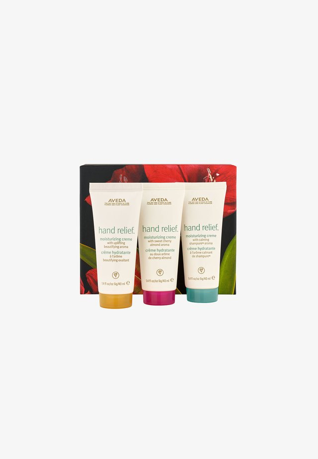 HAND RELIEF MOISTURIZING TRAVEL TRIO - Kropsplejesæt - -