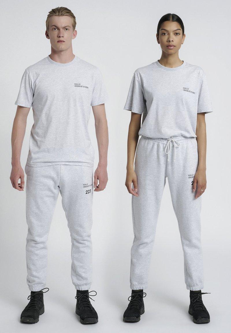 HALO - T-shirts print - lt grey melange
