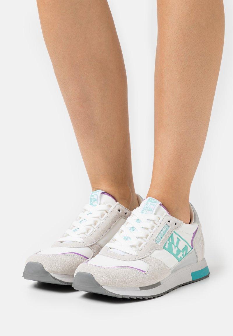 Napapijri - VICKY - Baskets basses - bright white
