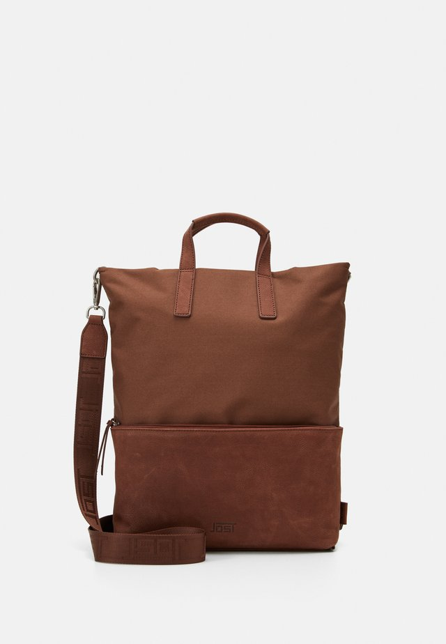 X CHANGE BAG - Across body bag - brown