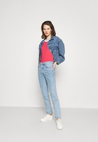 edc by Esprit - Basic T-shirt - pink - 1
